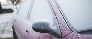car snow-791089_1280